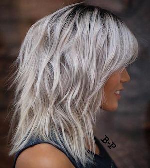 Modele coupe cheveux gris femme