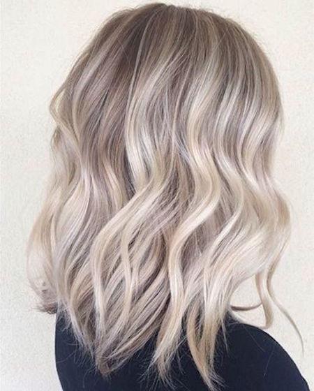 cheveux wavy blond gris - Coloration Blond Blanc