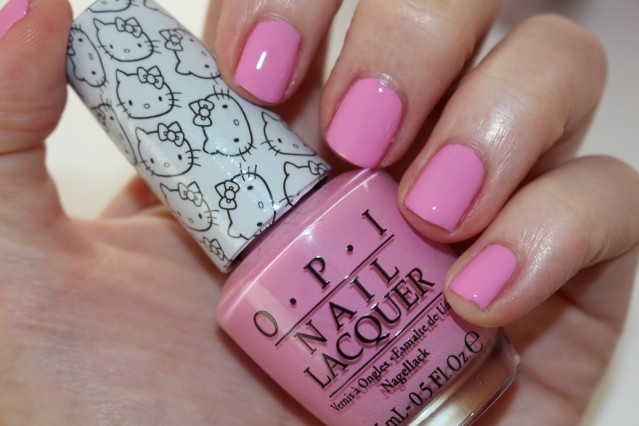 vernis OPI Hello Kitty - look at my bow
